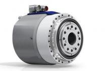 小型ミーリングヘッドとスマートトランスミッションの駆動システム