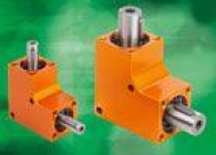 Universally applicable maintenance-free worm and bevel gearboxes