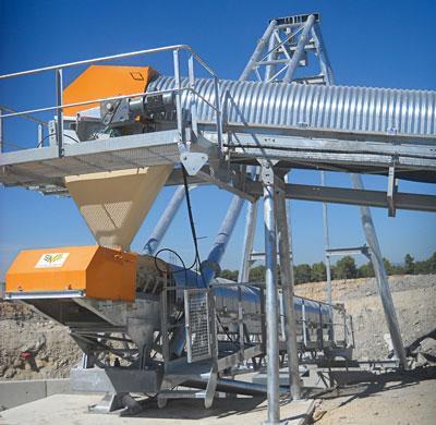 Soluções de acionamento robustas e seguras para transportadores contínuos