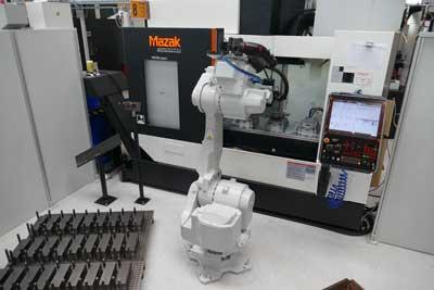 効率的なフォークリフトアドオン部品生産のためのハンドリングロボット
