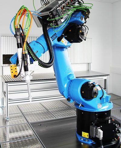 Viscotec、Kukaロボットで技術センターを拡大