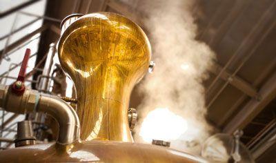 Control de seguridad y transmisión de señal para la destilería de whisky automatizada